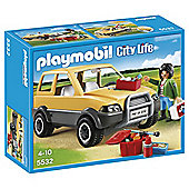 Playmobil 5532 City Life Vet with Car