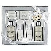 Baylis & Harding Jojoba, Silk & Almond Oil Tray Gift Set