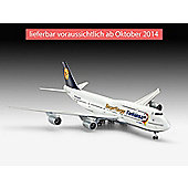 Boeing 747-8 Fanhansa Siegerflier 1:144 Scale Model Kit - Hobbies