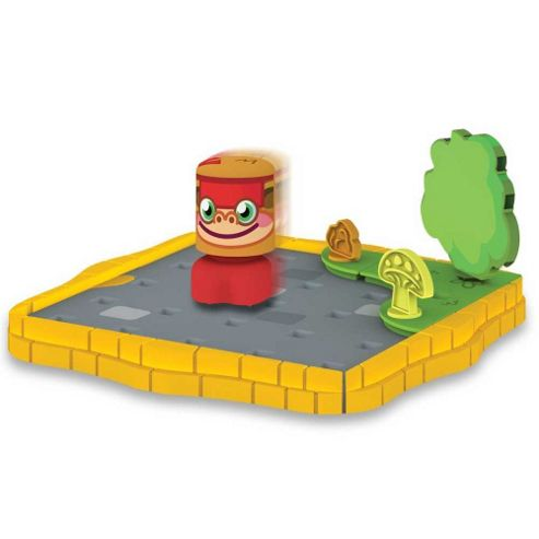 Moshi Monster Bobble Bots. Cobblestone Corner Starter Set with Chop Chop #02