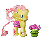 My Little Pony Magical Scenes Fluttershy Figure with Accessory