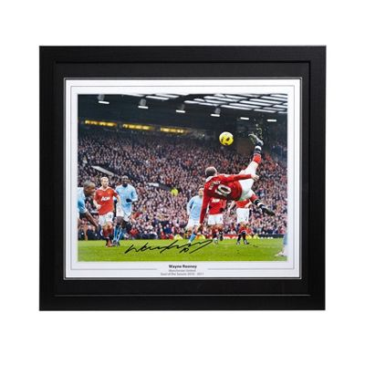 Framed Wayne Rooney signed Manchester United image