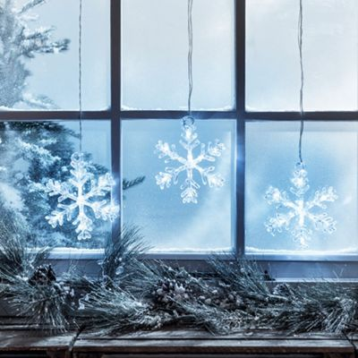 Battery Cool White LED Snowflake Window Light