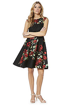 Solo Rose Jacquard Fit and Flare Dress - Black