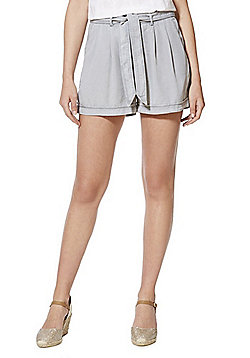 Vero Moda Tencel® Tie Waist Shorts - Grey