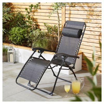 Culcita Black Gravity Relaxer Garden Chair
