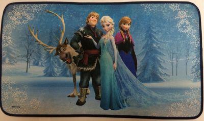 Disney Frozen - Sven, Kristoff, Elsa, & Anna on Ice Musical LED Door Mat