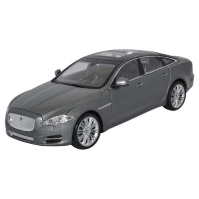 Jaguar XJ Grey 1:24 Scale Diecast Model