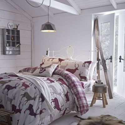 Catherine Lansfield Mulberry Grampian Stag flannelette Duvet Cover Set - Single