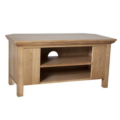 Sherry Designs Simply Dining Oak TV Stand