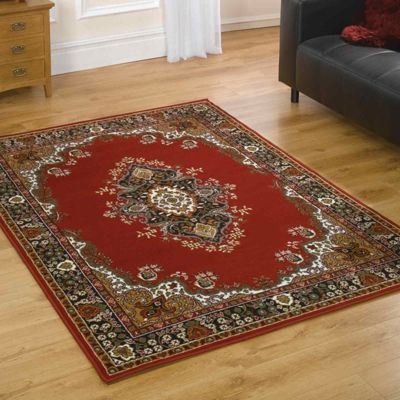 Lancaster Traditional Rugs in Red120x160cm
