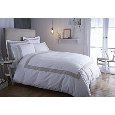 Bianca Cotton Soft Tailored Neutral Oxford Pillowcase