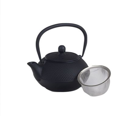 Victor Cast Iron Teapot Kettle in Black 0.75L CWE040