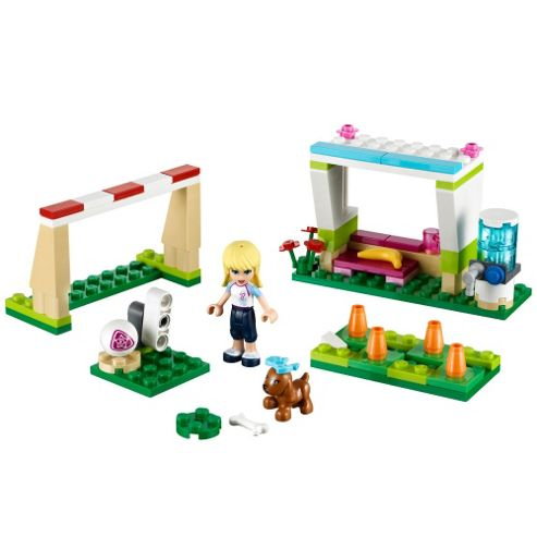 LEGOFriends Soccer Practise with Stephanie 41011