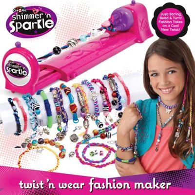 Twist and wear fashion maker 57