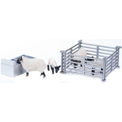 Britains Big Farm Sheep Pen Set (Scale 1:16)