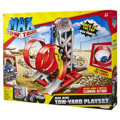 Max Tow Truck Tow-Yard Playset