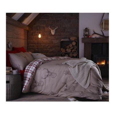 Catherine Lansfield Red Stag Red Duvet Cover Set - Single