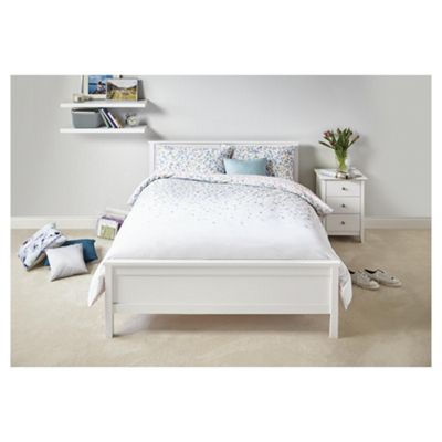 buy tesco falling petal duvet set double from our double. Black Bedroom Furniture Sets. Home Design Ideas