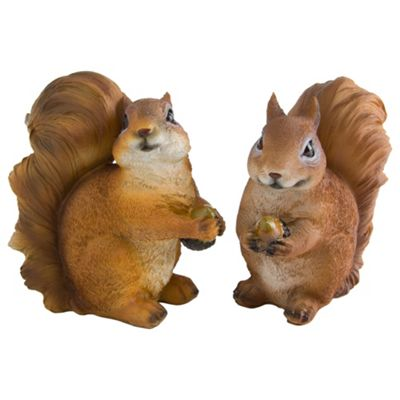 Set of 2 Realistic Polyresin Red Squirrel Garden Ornaments