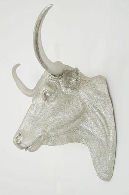 Large Metallic Si;Lver Wall Mounted Steer Head.