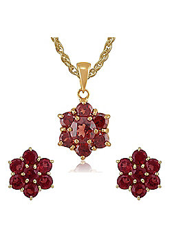 Gemondo 9ct Yellow Gold Garnet Round Floral Cluster Stud Earrings & 45cm Necklace Set