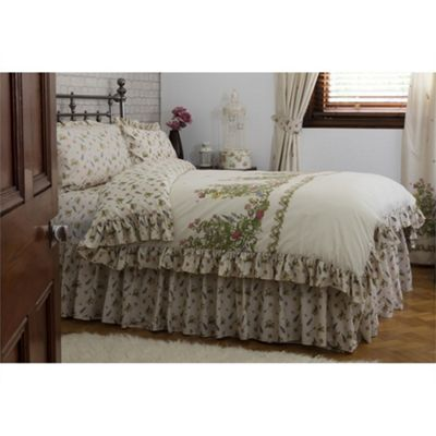Country Dream Bella Mae Fitted Valance Sheet - Single