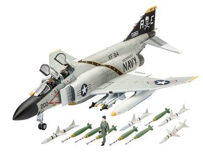 Revell GmbH F-4J Phantom US Navy Plastic Model Kit 1:72 Scale