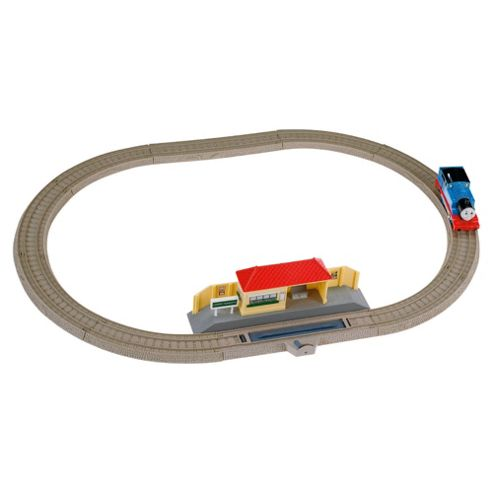Tomy Thomas & Friends Trackmaster Busy Day Train Playset
