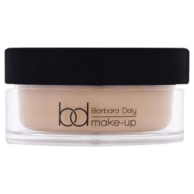 Barbara Daly Souffle Foundation - Soft Buff