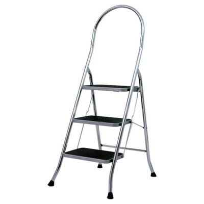 Abru 3 Tread Chrome Stepstool, 22043