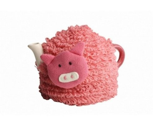 Knitted Peter Pig Tea Cosy