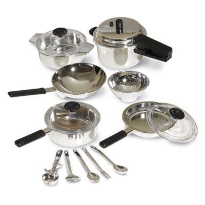 Casdon Little Cook Pan Set