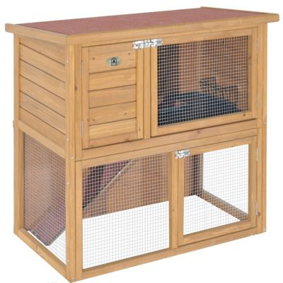 Rabbitshack ground level hutch with under-run
