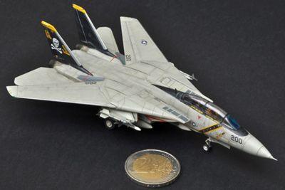 F14A Tomcat 1:144 Scale Model Kit - Hobbies