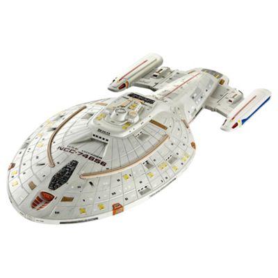 Revell Star Trek Voyager Model Set