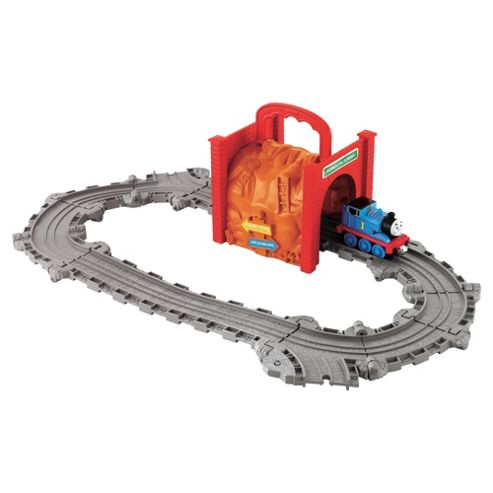 Fisher-Price Thomas & Friends Tidmouth Tunnel