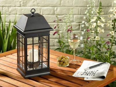 Smart Solar Seville Lantern