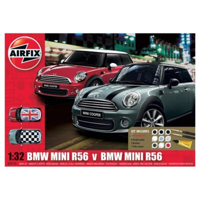 Airfix BMW Mini R56 Twin Pack 1:32 Scale Model