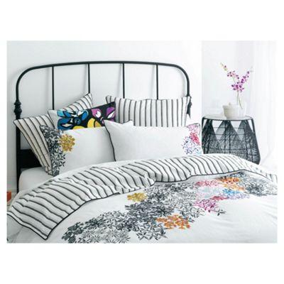 Linen House Salvador Pillowcase -100% Cotton