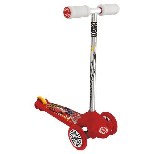 Cars Twist And Roll Scooter