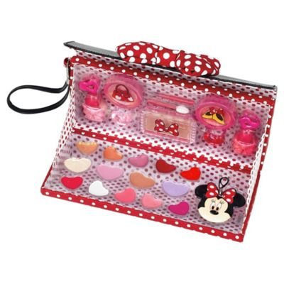 Minnie's beautiful bow make up purse
