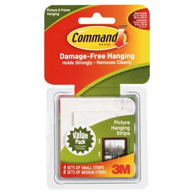 Command™ Picture Hanging Strips Combo Pack (8 medium & 4 small strips)