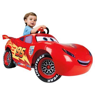 Famosa Cars 2 Lightning McQueen 6V Ride-On Car