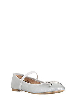 F&F Bow Detail Pumps - Silver