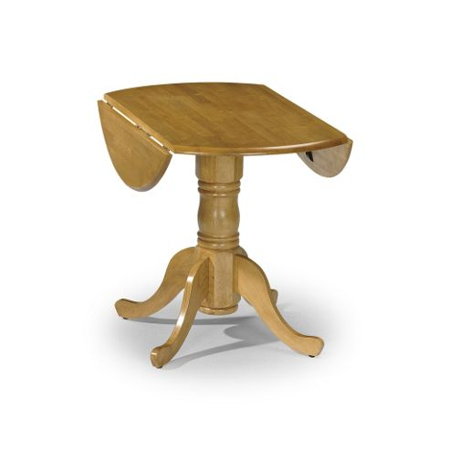 Traditional Round Pine Table