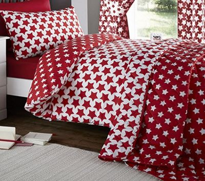Etoile, Red Star Toddler / Junior Bedding Bundle 4.5 Tog 120 x 150