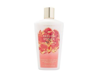 Victoria's Secret Passion Struck Hydrating Body Lotion 250ml For Her