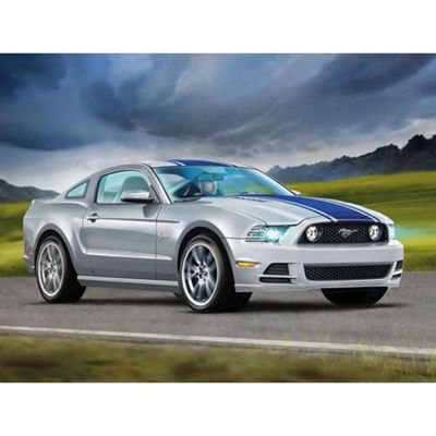 Revell 07061 2014 Ford Mustang Gt 1:25 Car Model Kit