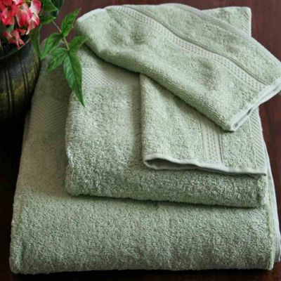 Homescapes Turkish Cotton Sage Green Bath Towel